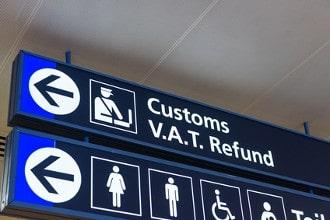 Erst ab Beträgen über 10.000 Euro muss Bargeld bei der Ein- und Ausreise nach Europa deklariert werden